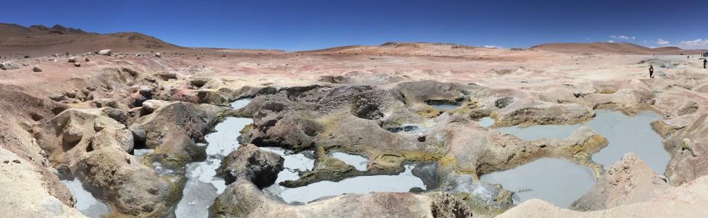 Des geysers en Bolivie, traces d'une activité volcanique à plus de 4 500 mètres de hauteur.