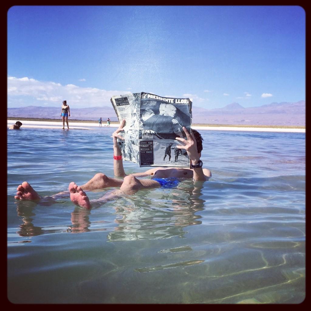 Une concentration de sel extrême permette flotter sans bouger