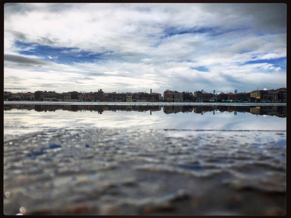 Balade sur les quais innondés à Venise