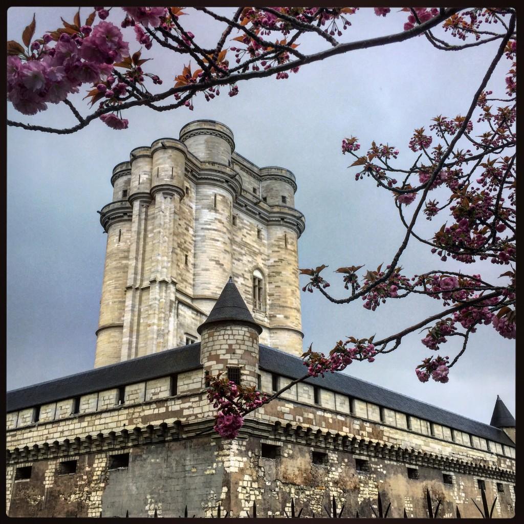 Le château de Vincennes au printemps