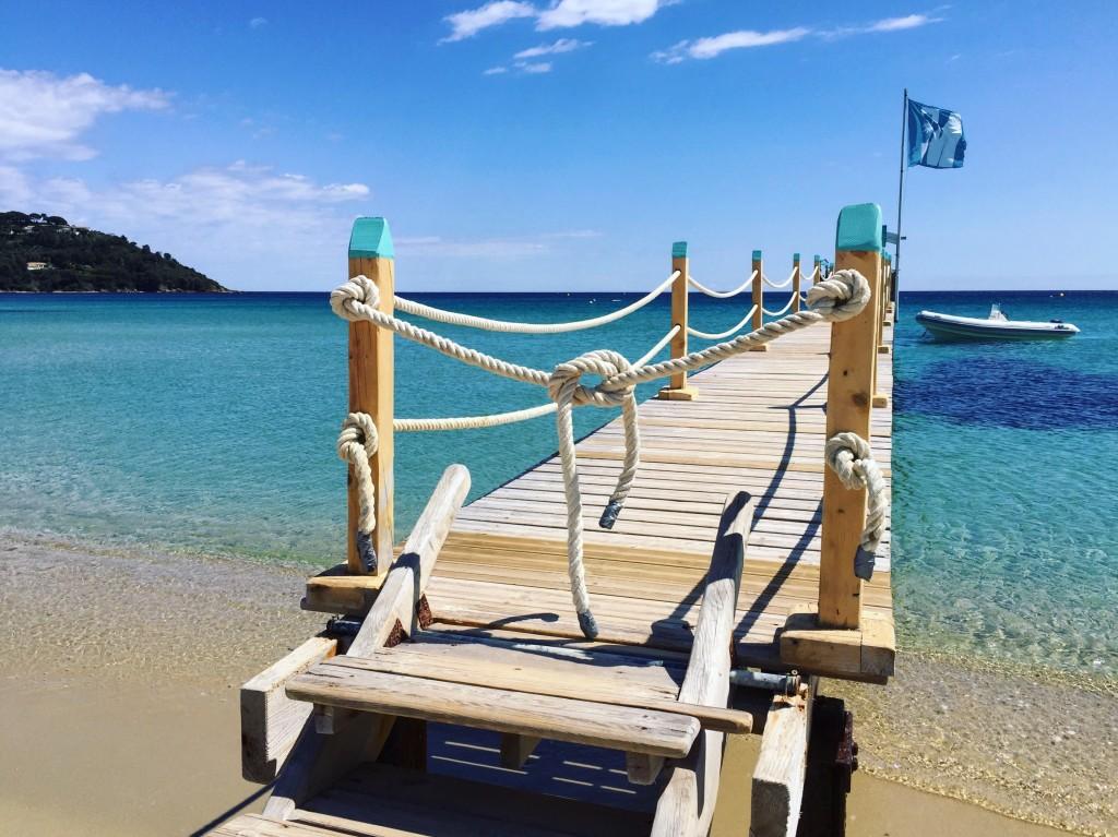 La mythique plage de Pampelone et un débarcadère privé...