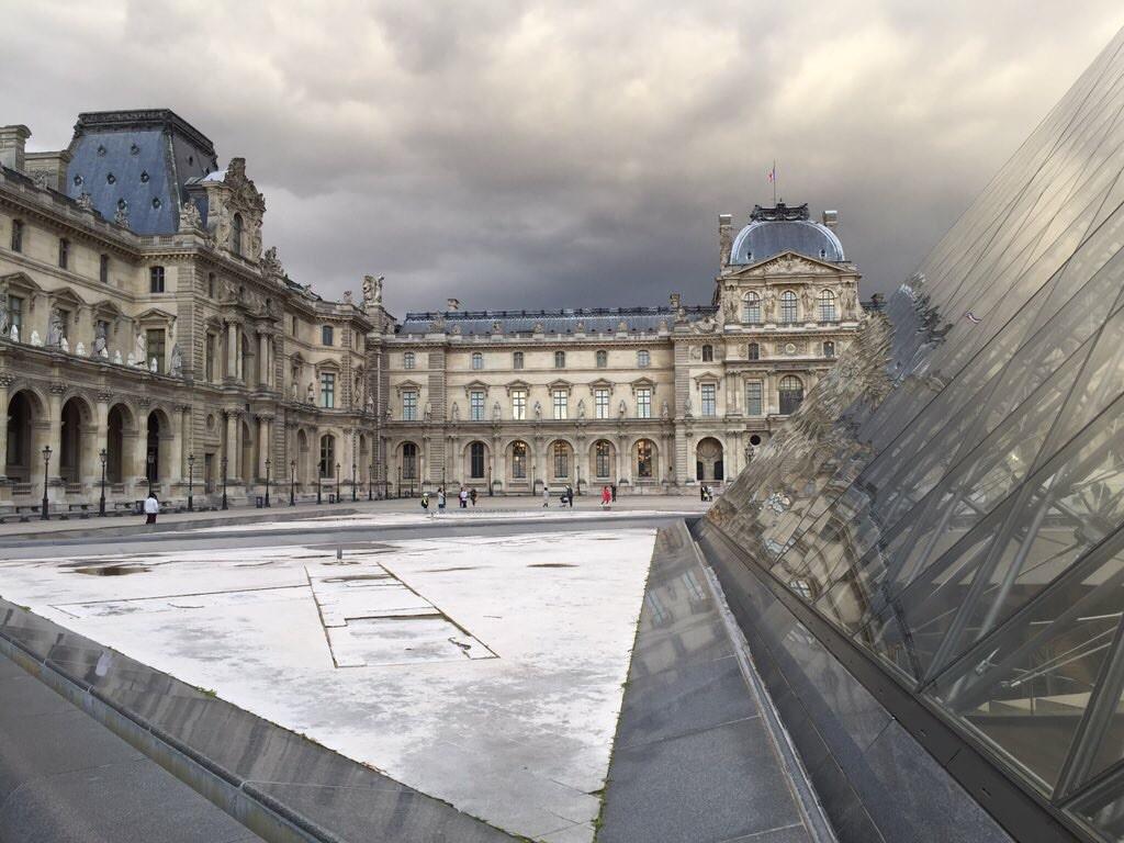 La cour du Musée du Louvre