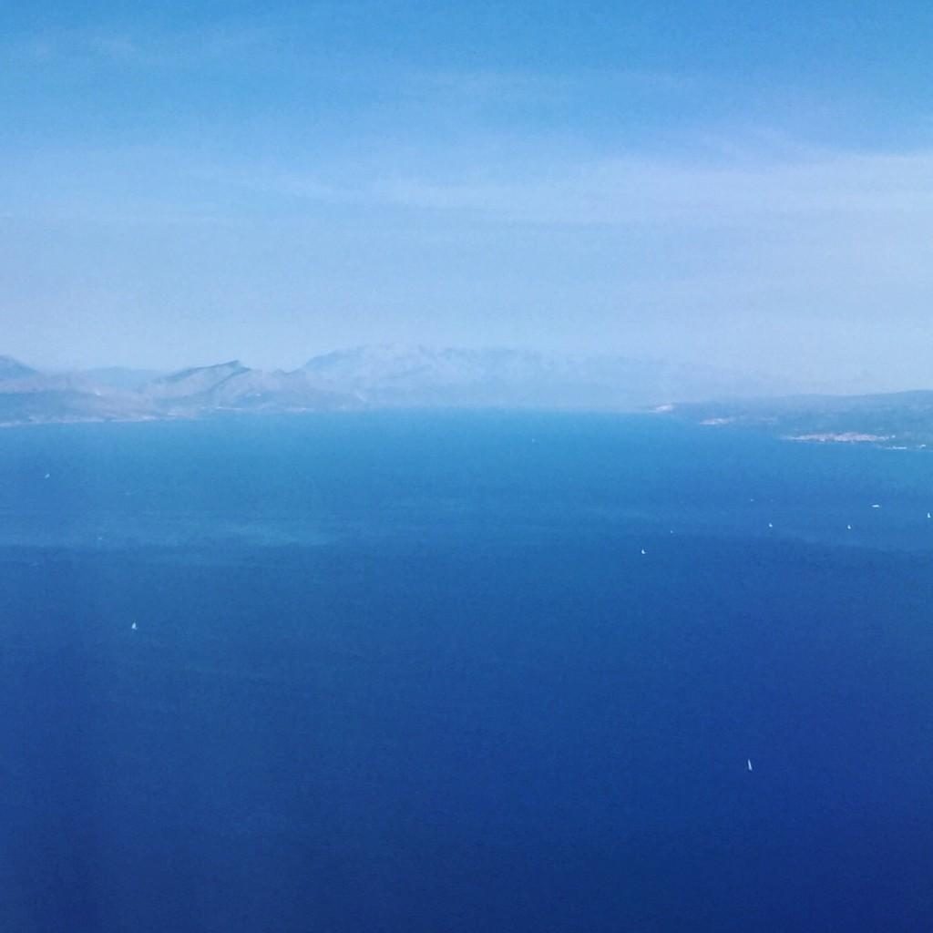 50 nuances de bleus depuis le ciel croate