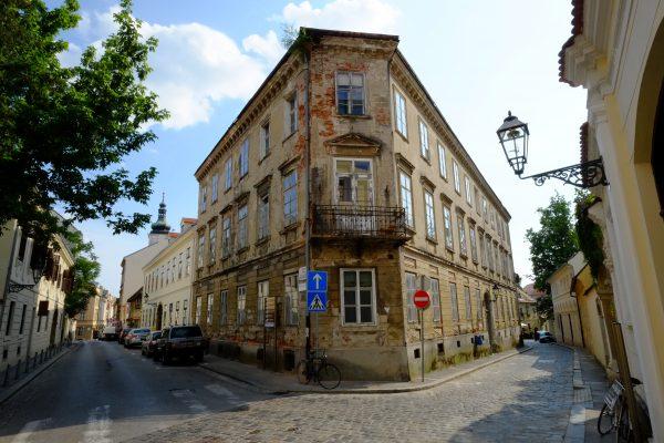 Dans les ruelles pavées de Zagreb