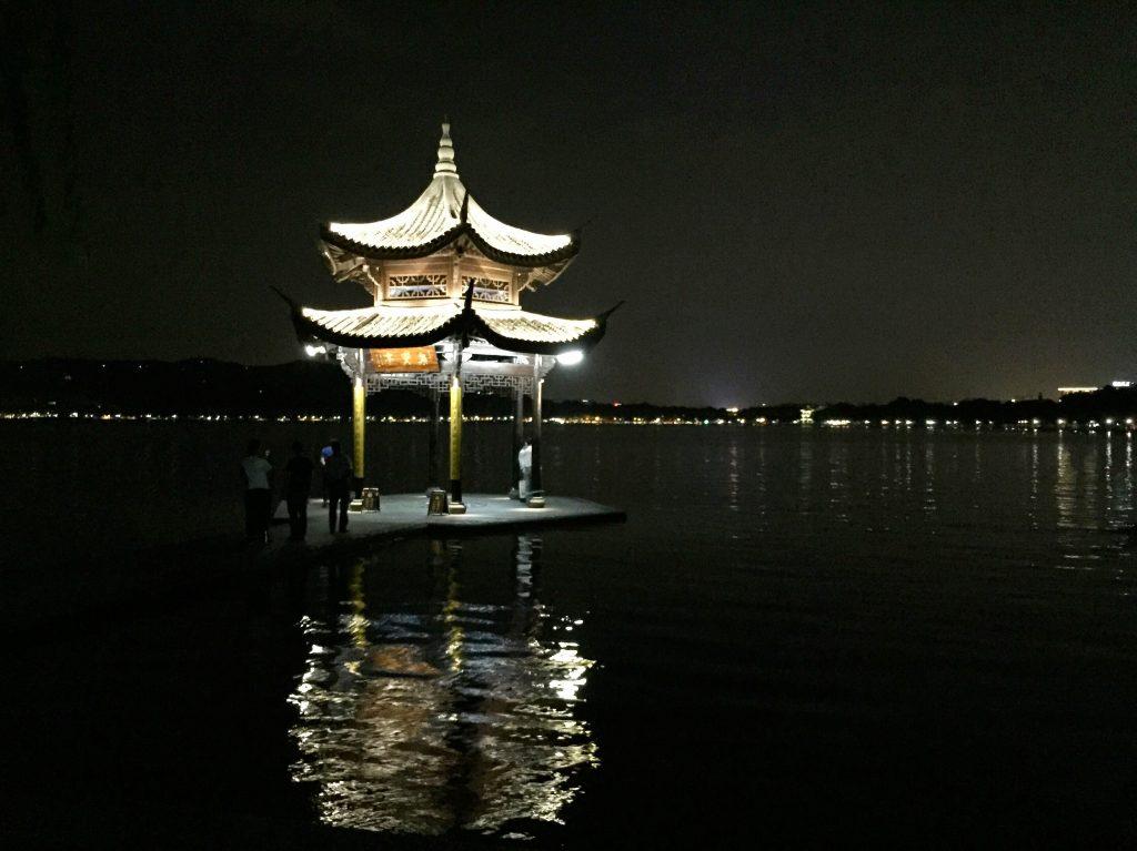 Sur les bords du lac de l'Ouest, Hangzhou