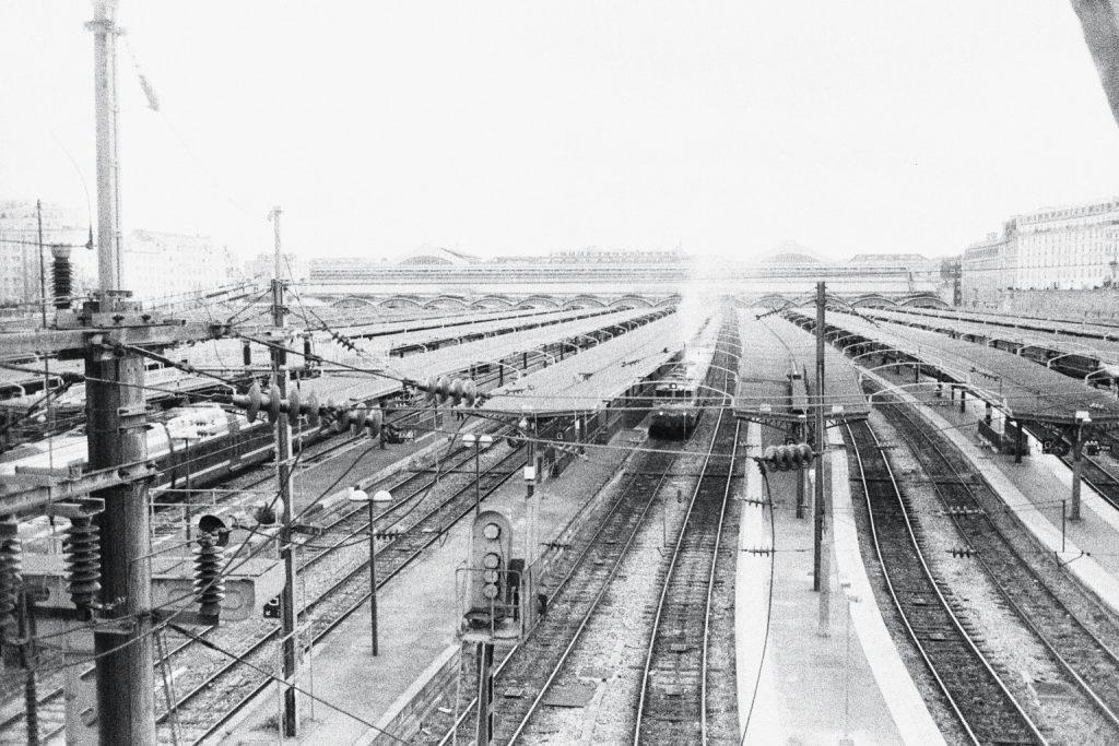 Gare de l'Est vue depuis un pont
