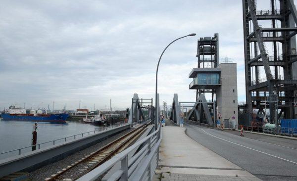 Hambourg en Allemagne, l'un des plus grands ports d'Europe