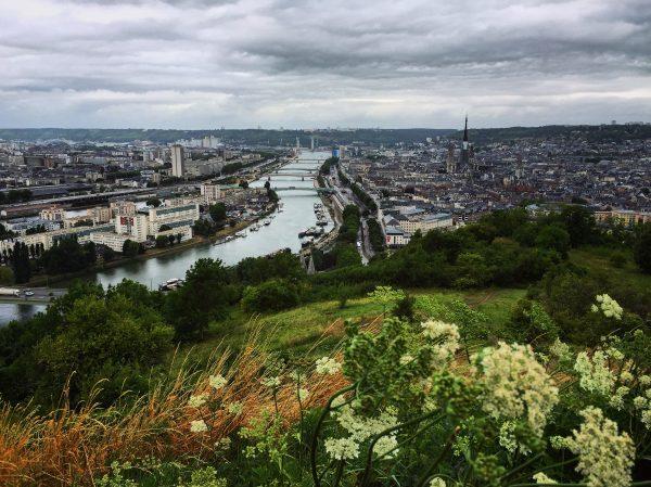 Le magnifique panorama depuis Bonsecours à Rouen