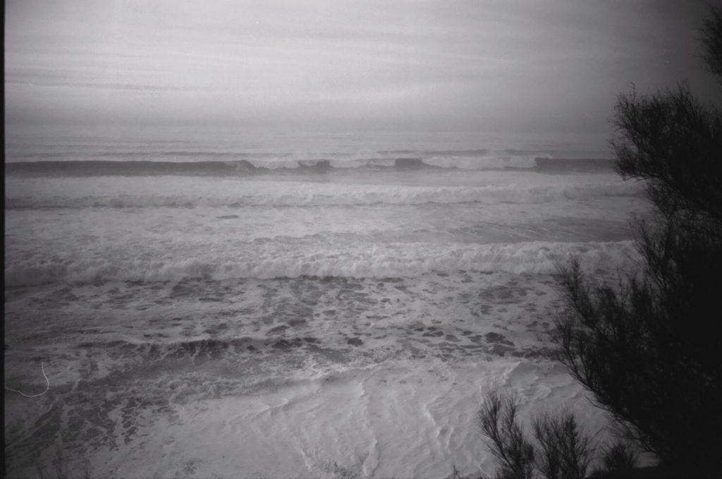 La côte basque et l'Océan déchaîné