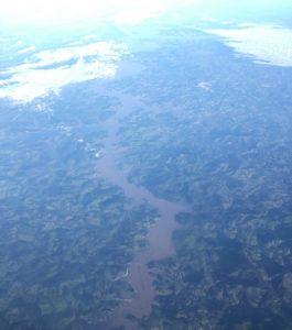 Le Brésil vu depuis le hublot d'un avion
