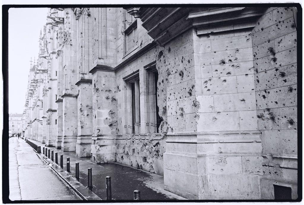 Les stigmates des la seconde guerre mondiale sur le Palais de justice de Rouen
