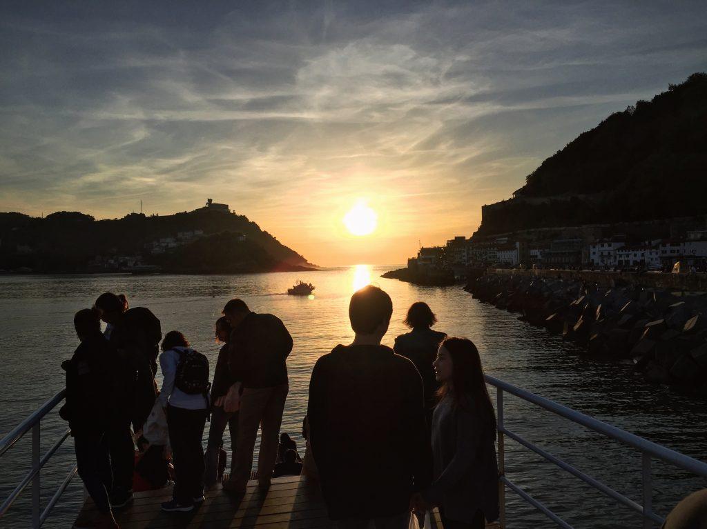 Coucher de soleil sur la Concha à Sans Sebastián