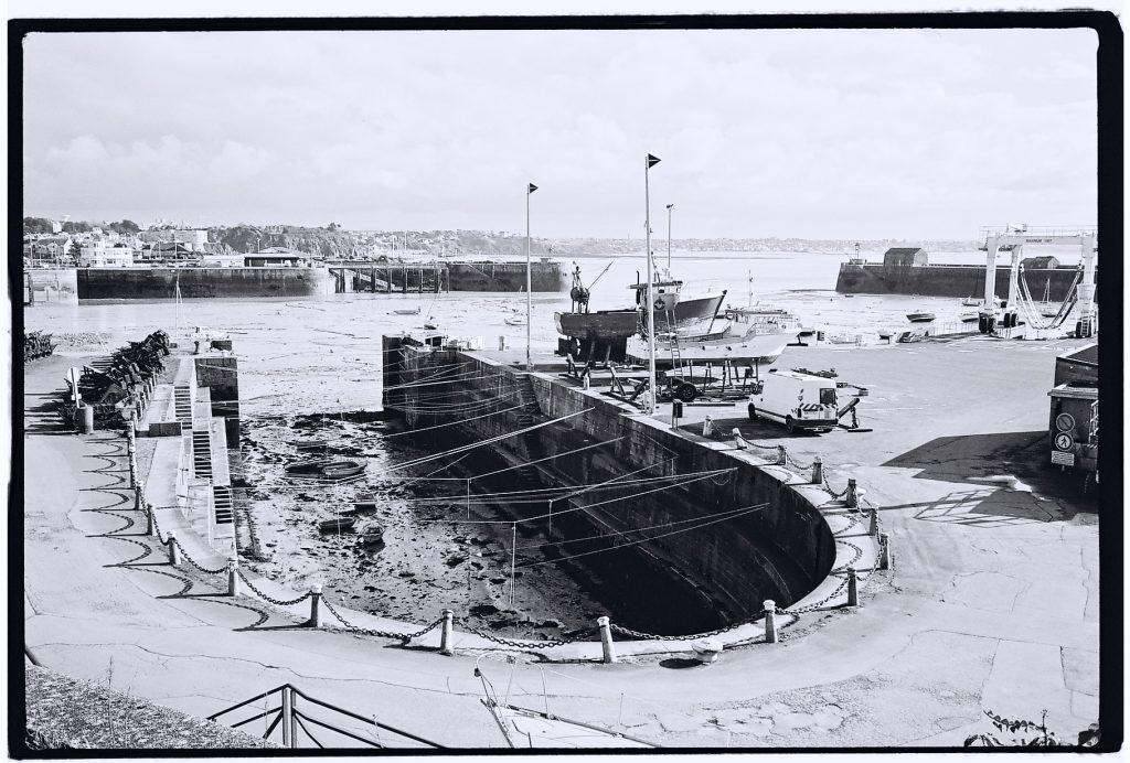 La cale du port de Granville