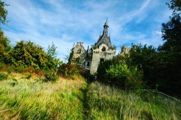 Le château de la Mothe Chandeniers dans la Vienne