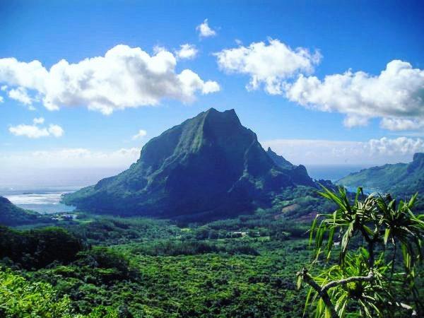 La baie de Cook, Moorea en Polynésie