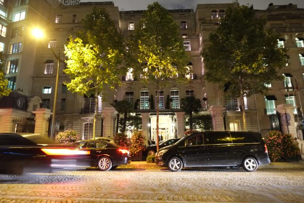 Le Shangri-La, un hôtel de luxe à Paris