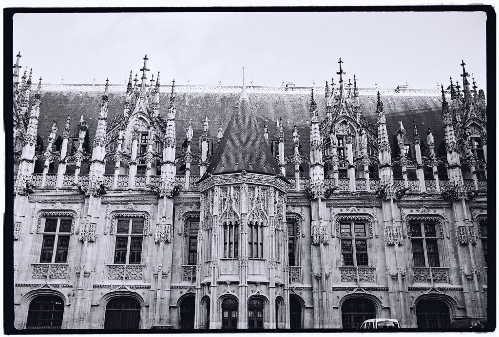 Le magnifique Palais de Justice de Rouen