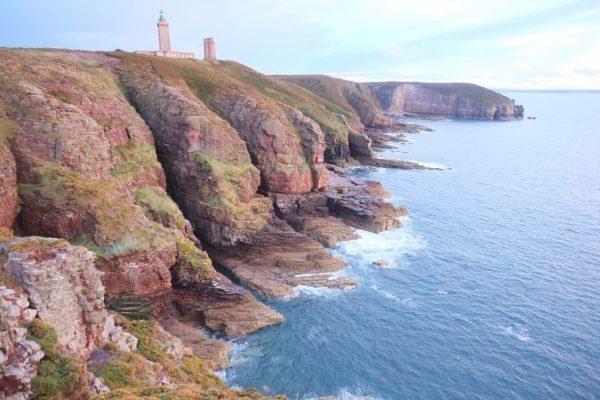 Le phare du Cap Fréhel au crépuscule, l'un des plus beaux paysages des côtes d'Armor