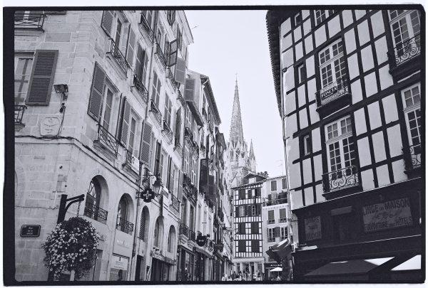 Les belles façades de Bayonne