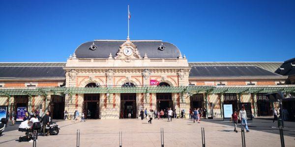 À Nice on trouve l'une des plus grandes gares de France