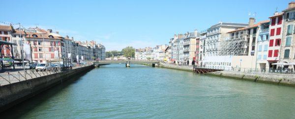 La Nive sous le soleil, c'est vraiment une chose à faire à Bayonne
