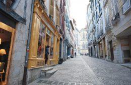 La rue du Pilori, la rue la plus colorée de Bayonne