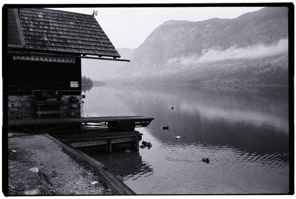 Le lac de Bohinj, perdu au milieu des Montagnes