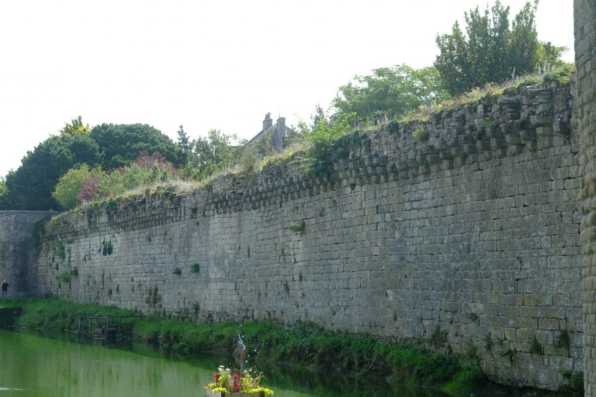 Le mur d'enceinte de la ville fortifiée de Guérande