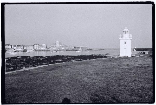 Le petit phare blanc de Barfleur
