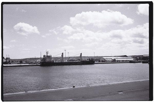 Le port de Cherbourg sous le soleil