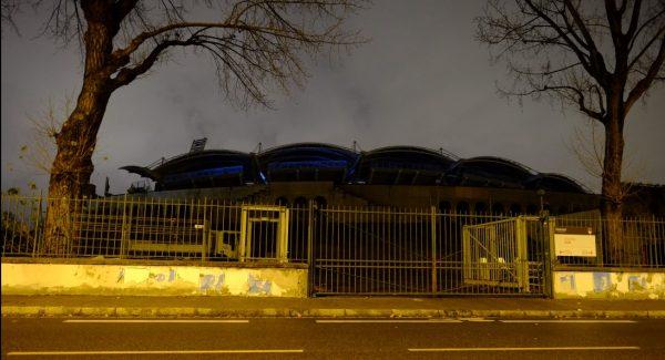 Le stade Gerland de Lyon pendant la nuit