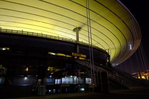 Le stade de France pendant la nuit