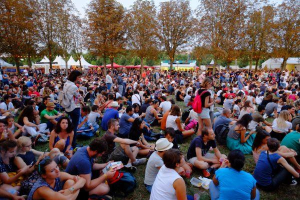 Tout au bout de la grande scène on écoute sagement, Rock en Seine
