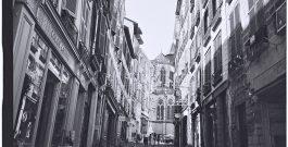 Photo reportage à Bayonne en noir et blanc et au Leica