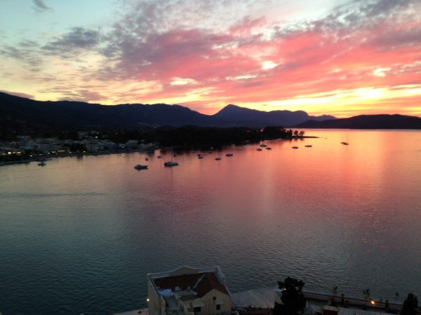La splendide baie de Poros, un véritable havre de paix