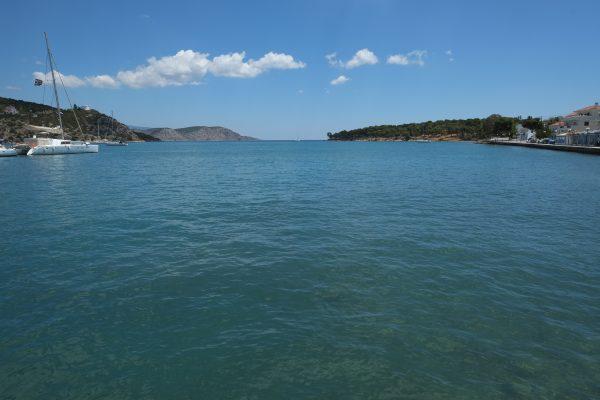 Ermioni, escale dans un port du Péloponnèse en Grèce