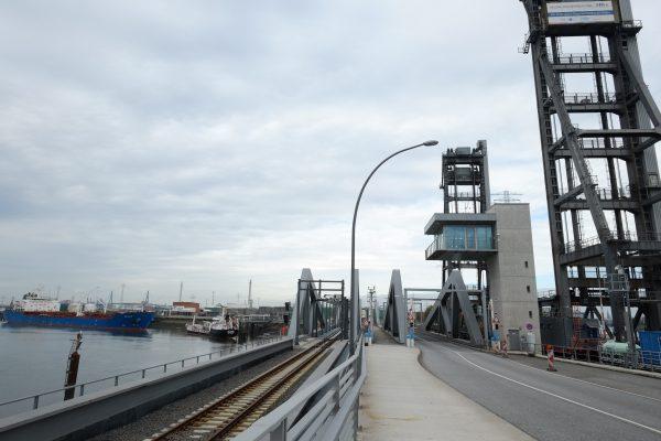 La porte sur le monde, c'est comme cela que l'on surnomme Hambourg, cette grande ville portuaire