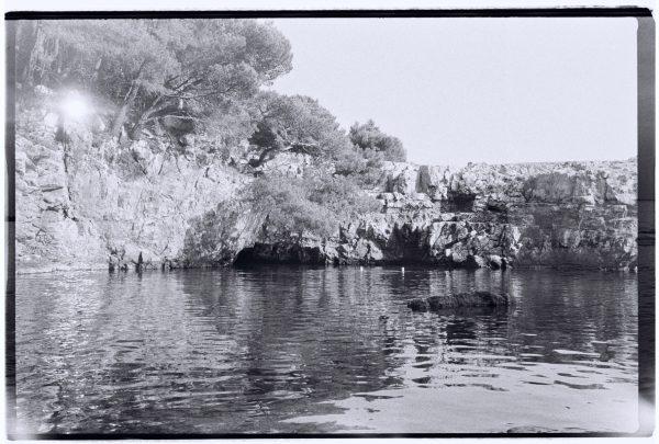 Un petit lac perdu au milieu d'une île croate juste en face de Dubrovnik