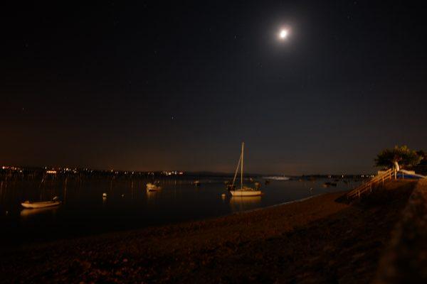Le bassin d'Arcachon sous leclair de lune