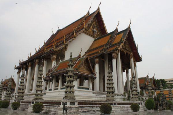 Le temple de Wat Suthat à Bangkok