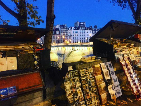 Les bouquinistes sur les bords de Seine