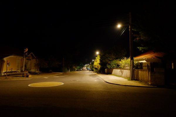 Les rues désertes du Cap Ferret pendant la nuit