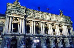 L'opéra Garnier dans la lumière parisienne