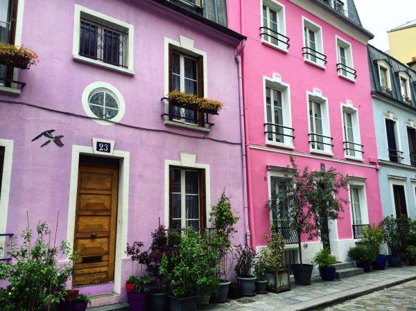 L'une des plus belles rues de Paris, la rue Crémieux dans le 12 ème arrondissement