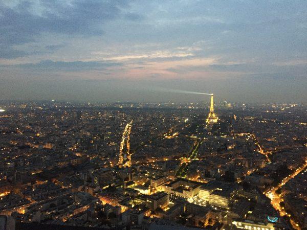 Paris la ville lumière depuis la tour Montparnasse