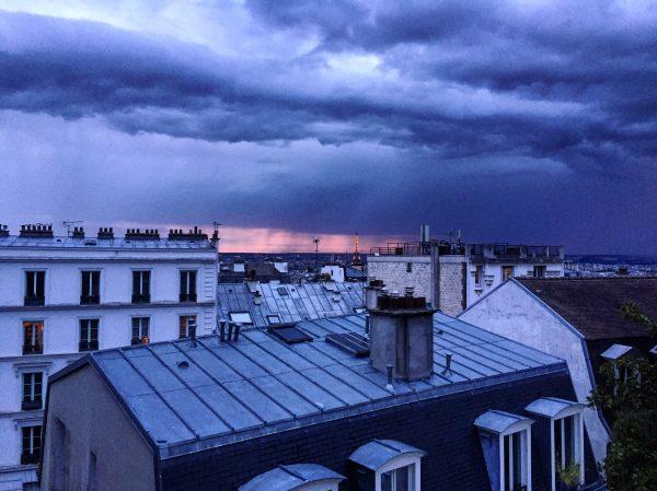 Un coucher de soleil depuis la butte Montmartre, Paris 18 ème