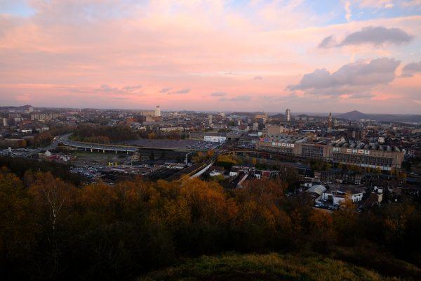Décourverte de la ville de Charleroi depuis le teril des piges