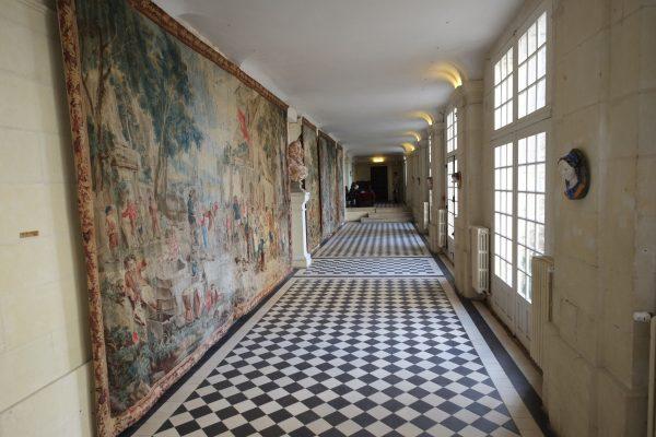 Dans les couloirs du château d'Ussé