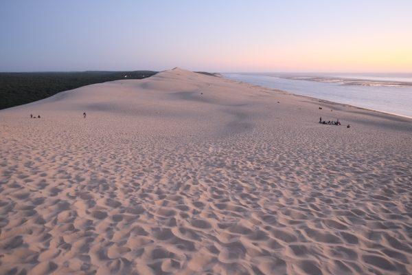 La dune du Pyla, la forêt des landes et l'Océan Atlantique