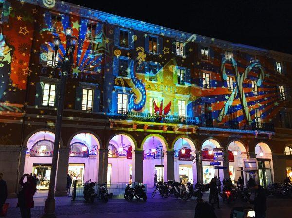 La place Masséna à Nice à Noël